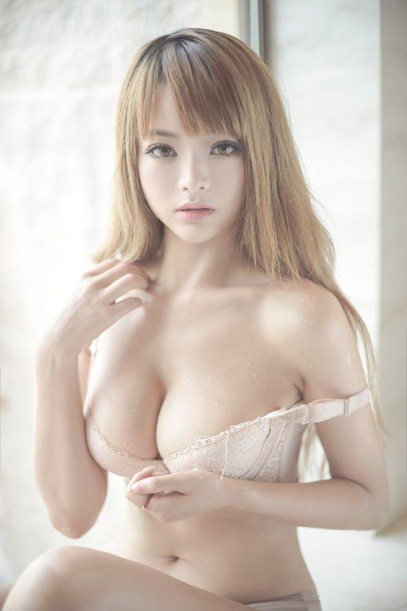 sexy-asian-blode-porn