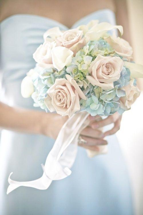 floral bouquet/ pale blue & blush .♥
