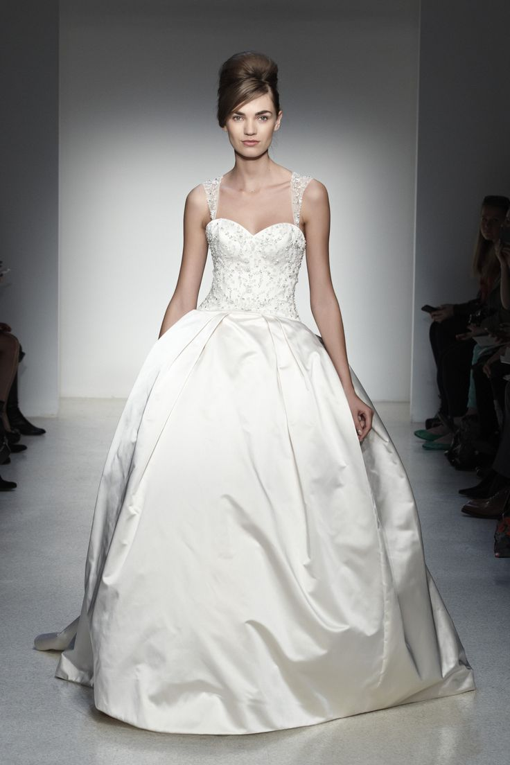 Luxurious Kenneth Pool Wedding Dresses. To see more: http://www.modwedding.com/2014/04/01/luxurious-kenneth-pool-wedding-dresses/ #wedding #weddings #fashion