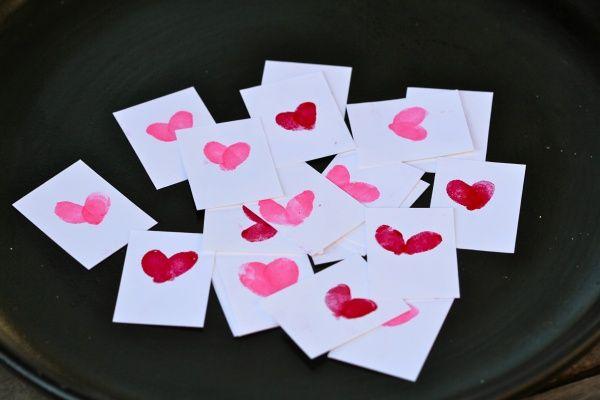 Fingerprint Valentines: Valentines Ideas, Valentines Parties, Parties Holidays, Valentines Heart, Fingerprint Heart, Fingerprints Heart, Homemade Valentines, Thumbprint Valentines, Heart Cards