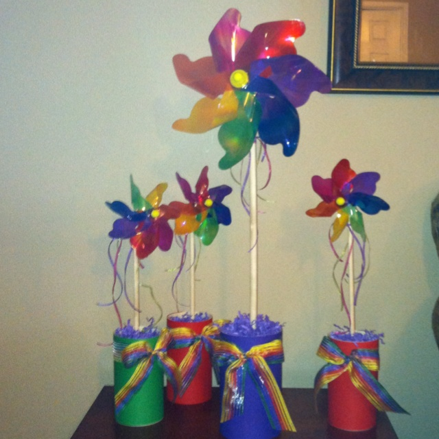 These are the centerpieces that I made for McKara's Birthday Party. They turned out so cute!