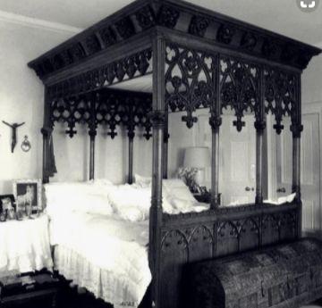 Die besten 25+ Gotisches schlafzimmer Ideen auf Pinterest Gothic - stilvolles gotisches schlafzimmer