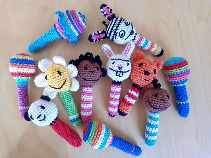 Sonajeros crochet Kalandraka