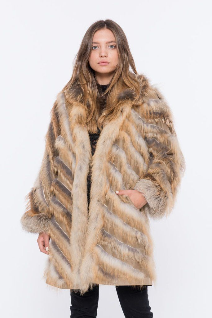 The LUSSO-90 is the most sublime, lightweight, fox fur coat in the game! Enjoy 20% OFF your first purchase when you Sign Up & Get Free Shipping @ SHACIFUR.com