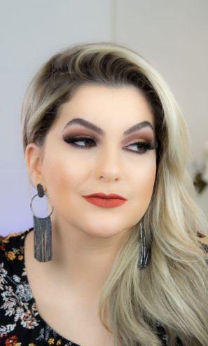 Tendência: Maquiagem monocromática