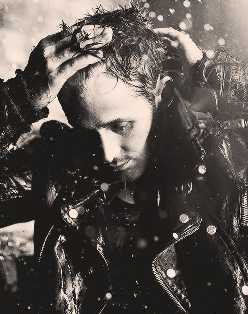 maybe i should just have a board for ryan gosling pics......