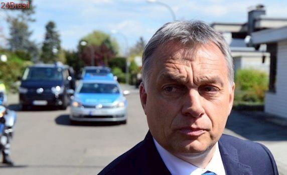 Hungria aprova projeto para deter imigrantes em campos de fronteira