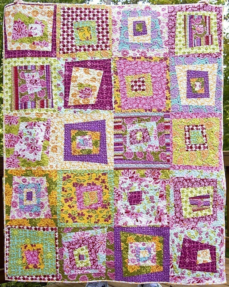 No. 004 -- Off Your Rocker Wacky Log Cabin Quilt Pattern by Carolina Patchworks