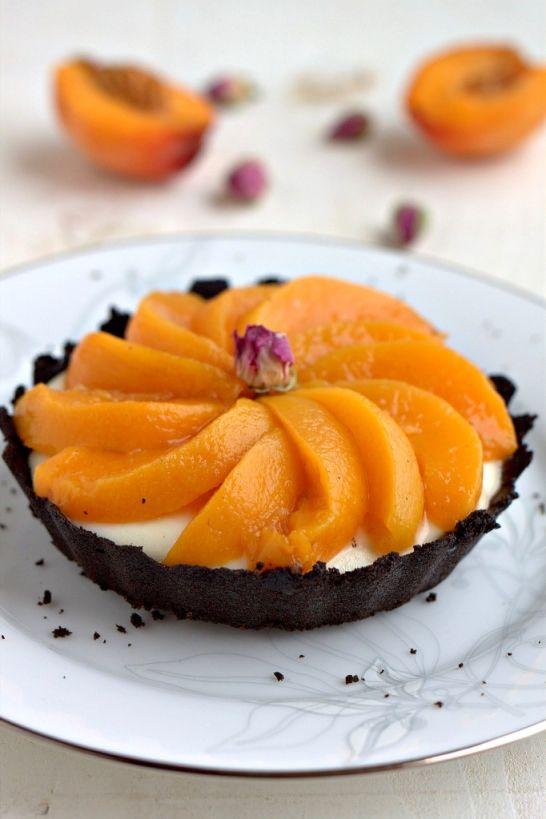 ... Vanilla Poached Peaches & A White Chocolate Mascarpone Tart with Peach