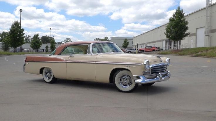 135830 / 1956 Chrysler Windsor Newport