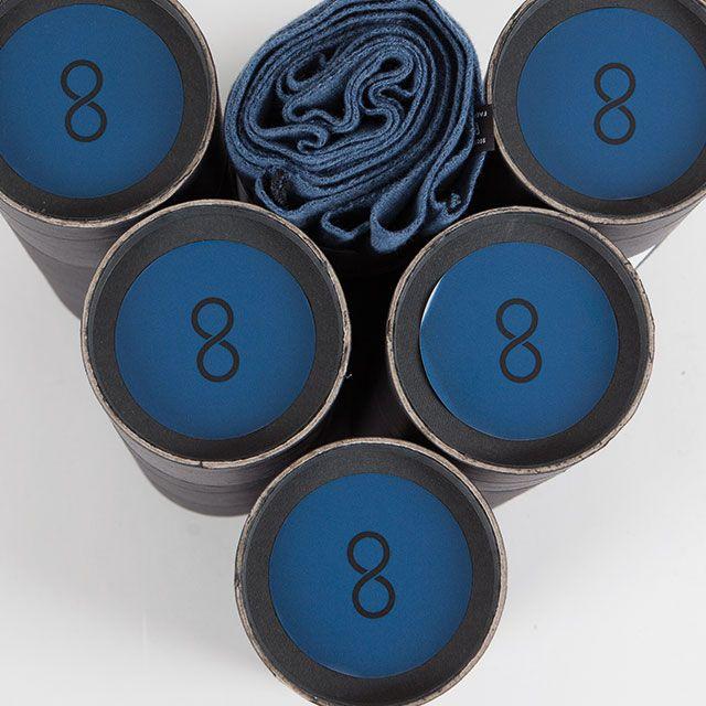 Snood bleu & noir - Écharpe tubulaire 100% Française - https://snood.fr/la-gamme/9-bleu-de-prusse-noir.html