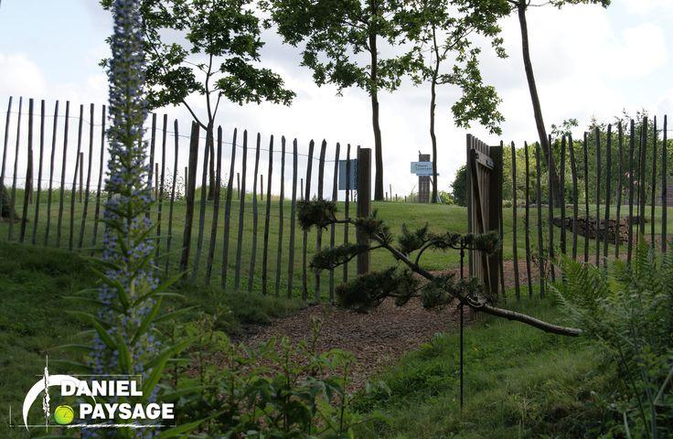 Les ganivelles permettent une clôture légère qui se fond parfaitement au milieu naturel.