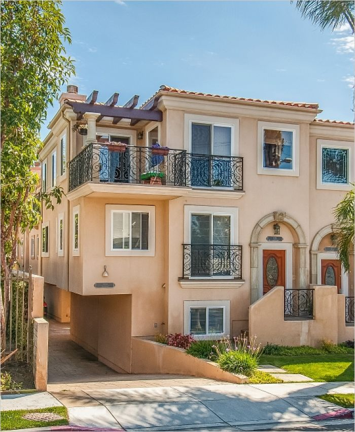$1,059,000 - 726 1st Place Hermosa Beach, CA 90254 >> $1,059,000 - Hermosa Beach, CA Townhome For Sale - 726 1st Place --> http://emailflyers.net/34488