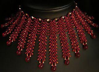 #stpetersburgchain #beading #beadwork #beadweaving #bollywoodcollar #bollywood #redwinecollar