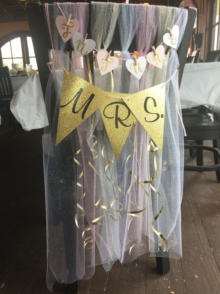 Absolutely love this bridal shower idea! Decorate the brides chair with your own hand made banners and use some different colored tule and ribbon to bedazzle it up!