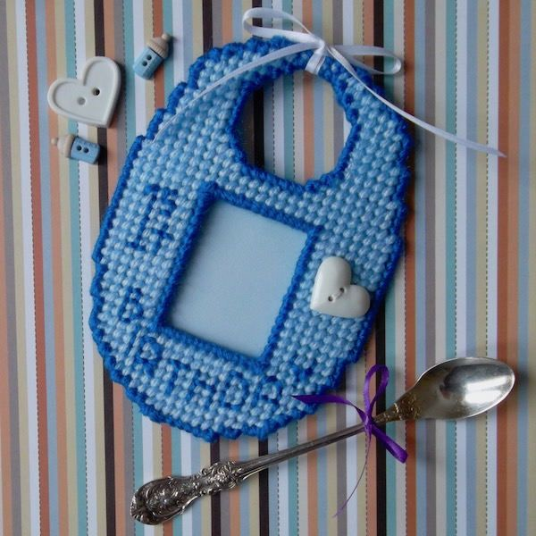 Plastic Canvas: Baby Bib Photo Frame -- blue (1 photo frame and small card stock piece) by ReadySetSewbyEvie on Etsy