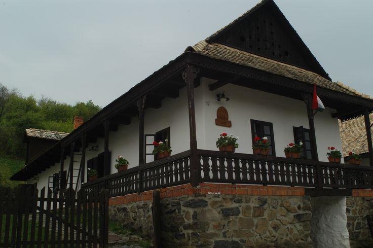 Hollóháza
