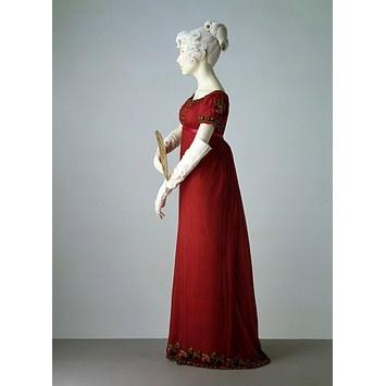 Evening dress  Place of origin:  England (made)    Date:  1807-1811 (made)