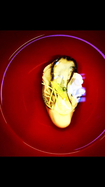 Kaki osuimono. Oyster, ginger, yuzu & kombu dashi. 牡蠣のお吸い物。