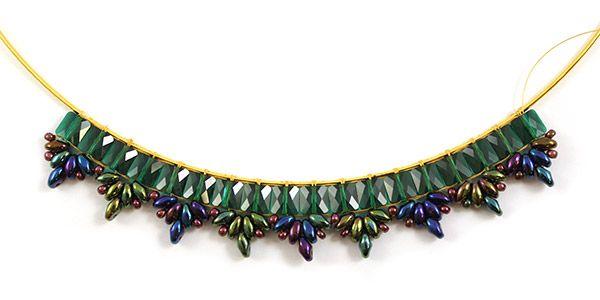 collier émeraude perles mini square Swarovski et Superduo 08