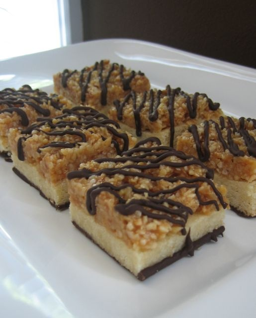 Samoa Cookie Bars | desserts, cakes and deliciousness | Pinterest