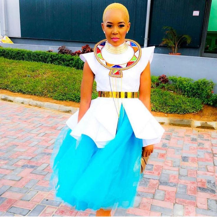 @MsLelob wearing Nhlanhla Nciza design | NN Vintage