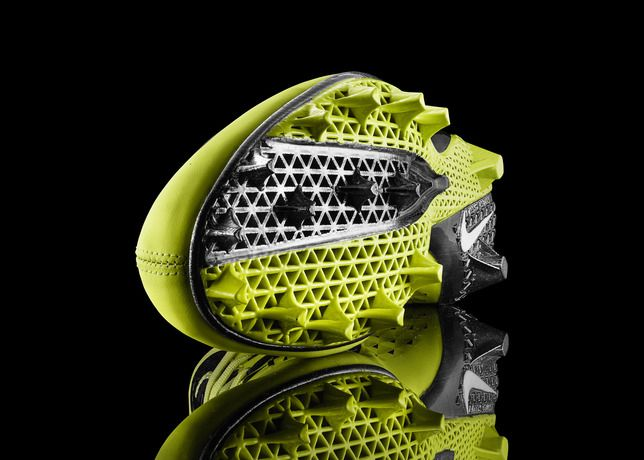 First sports shoe with 3D printed production soles