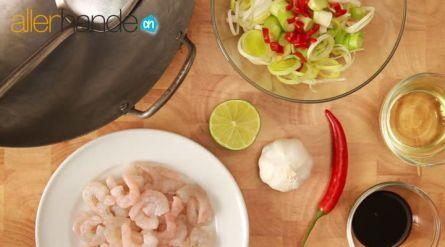 Chinese roerbak met scharrelkip en noedels - Recept - Allerhande - Albert Heijn