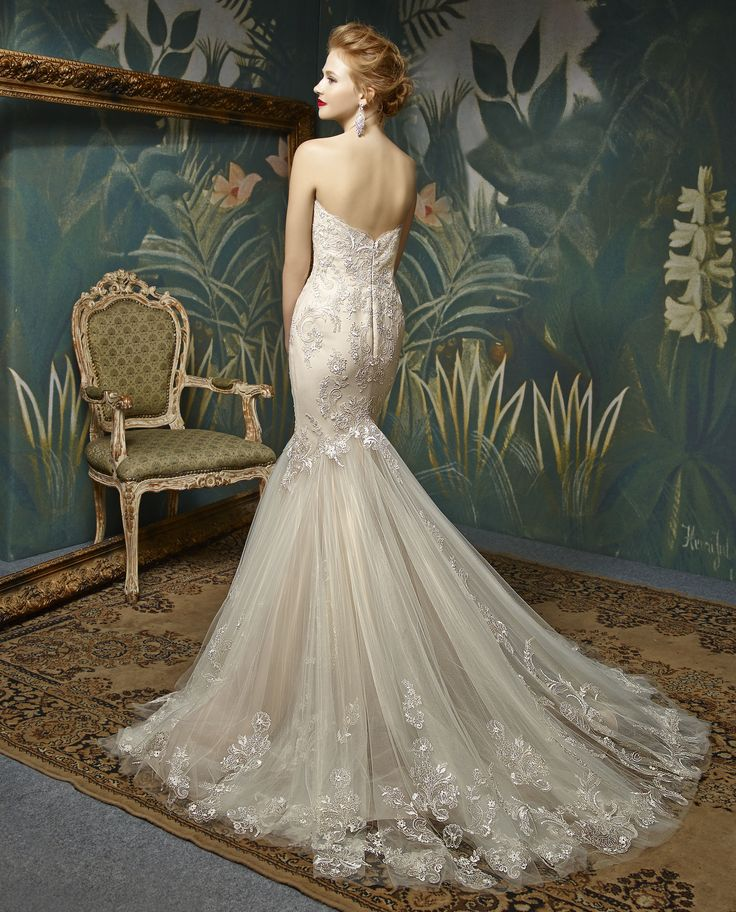 Enzoani bridalwear. Jion back. Jion design from the Enzoani Blue 2017 collection.  Sweetheart strapless lace and crystal detailed beaded dramatic mermaid ivory wedding dress with train.