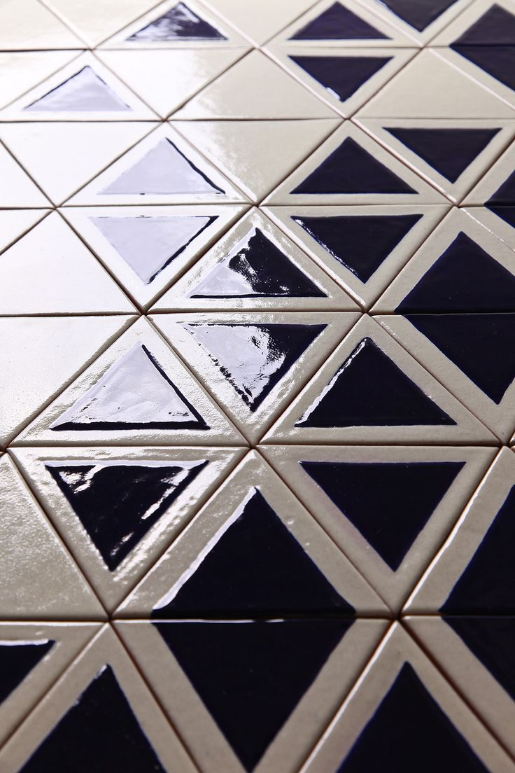 TRIANGO tiles | design by davidpompa | Uriarte Talavera | handpainted | handmade in México