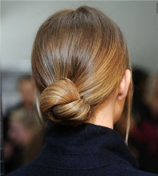 3 Quick Hairstyles for Work