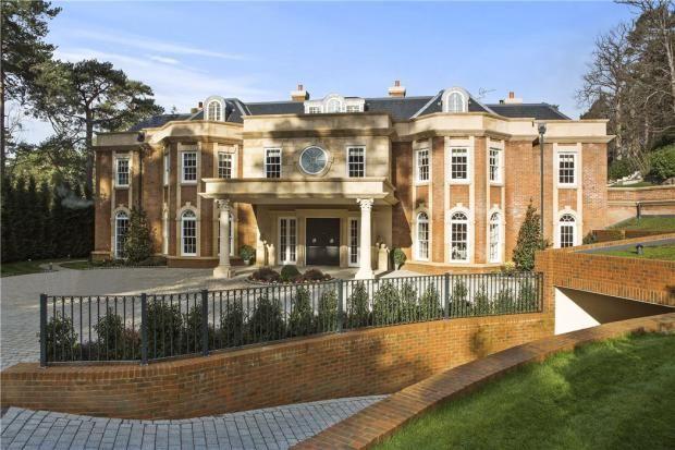 Weybridge | Mansions, Weybridge, British houses