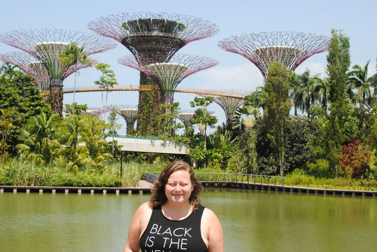 And of course once leaving MBS we took the opportunity to leave our luggage in their storage and walk around in the Gardens by the bay. So beautiful and modern, this is one of the things I think I love the most about Singapore, the modern and fresh