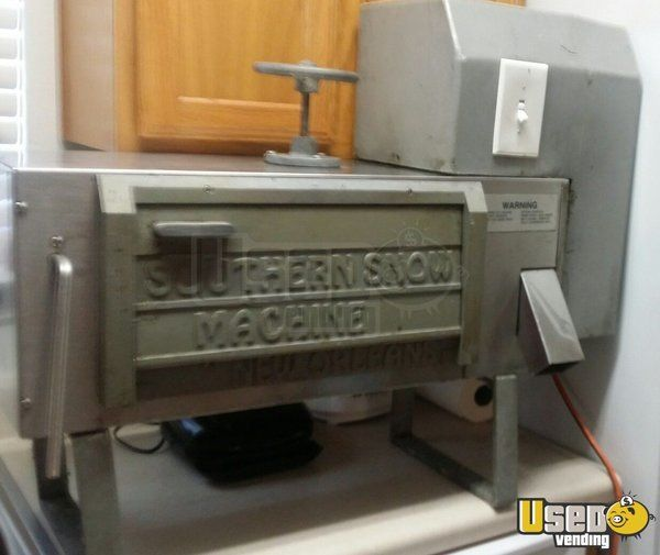 New Listing: https://www.usedvending.com/i/Southern-Snow-Shaved-ice-Machine-for-Sale-in-Louisiana-/LA-O-834U Southern Snow Shaved ice Machine for Sale in Louisiana!