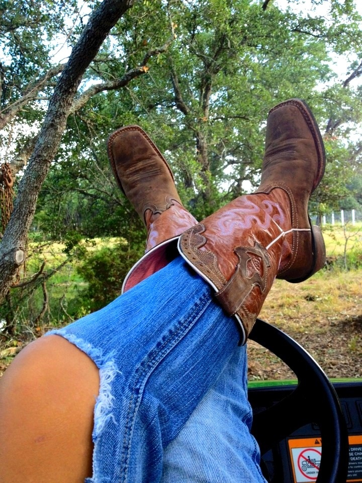 1062 best country boys girls yeehaw images on - Girls and trucks tumblr ...