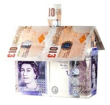 Se loger à Londres à moindre coût est devenu impossible. En 5 ans les prix de l'immobilier dans la capitale du Royaume-Uni ont augmenté de 233% ! Londres devance Paris en termes de prix immobiliers http://www.partenaire-europeen.fr/Actualites-Conseils/actualite-de-l-immobilier/L-actualite-en-Europe/Les-prix-de-l-immobilier-a-Londres-ont-bondi-de-233-en-5-ans-20140506 #londres