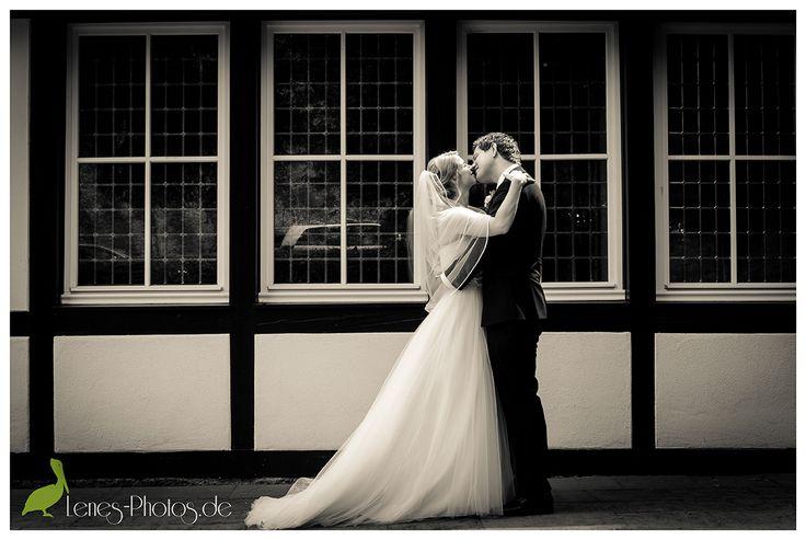 Kiss - - www.lenes-photos.de - - #romantic #kiss #weddingday #wedding #hochzeit #braut #hochzeitskleid #organza #bride #groom #weddingday #wedding #mertesdorf #chappel #trier  #germany #leneborgers #lene #photographer #fotografin #hochzeitsfotografin