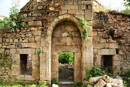 Madrasa Qbhan ruins ~ near Amadiya, north of Kurdistan