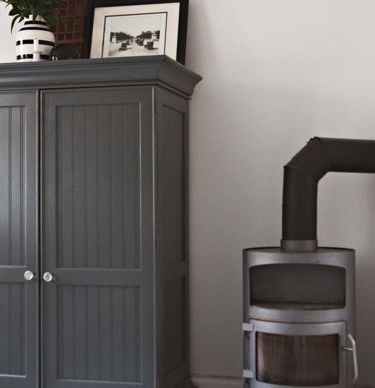 17 best images about painted furniture on pinterest how for Dark grey furniture paint