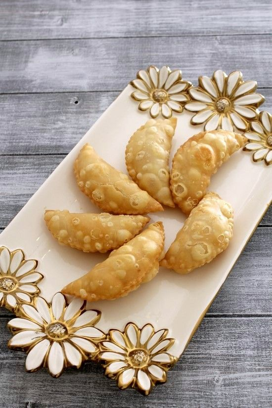 karanji recipe with step by step photos. It is Maharashtrian sweet snack or dessert made during festivals like Diwali or Ganesh chaturthi.