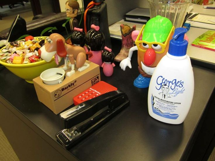 Beauty Blogger, ettuandyou.com takes George's Cream for a spin around the office-and offsite too! She loves that George's has products that range from lightweight to rich. Read all about it here