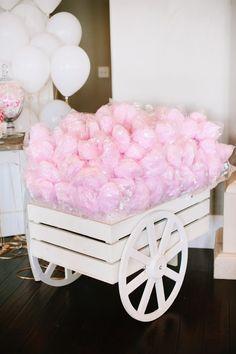 Pink cotton candy cart! How cute is this? | ¡Carretilla de algodón de azúcar rosa! ¿Qué tan lindo es esto?