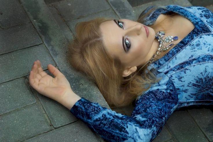 model Gabriel Hezner Photographer Jarek / Okeanas / Jaro J make up Aldona Chomicz outdoor session