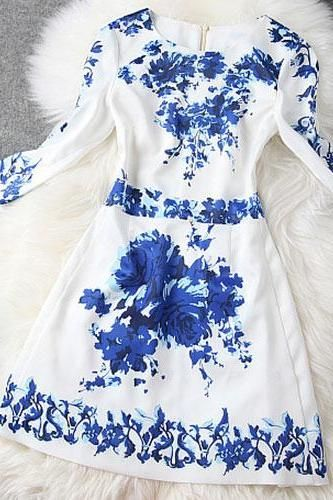 Half Sleeves Blue And White Porcelain Print Bodycon Dress