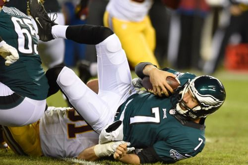 Eagles blunder into halftime, down 6 vs imperfect opponent... #Redskins: Eagles blunder into halftime, down 6 vs imperfect… #Redskins