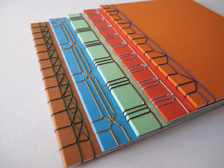 Broschüre / japanische Bindung / verschiedene Stichmuster / Deconstructed, graphic design & art direction