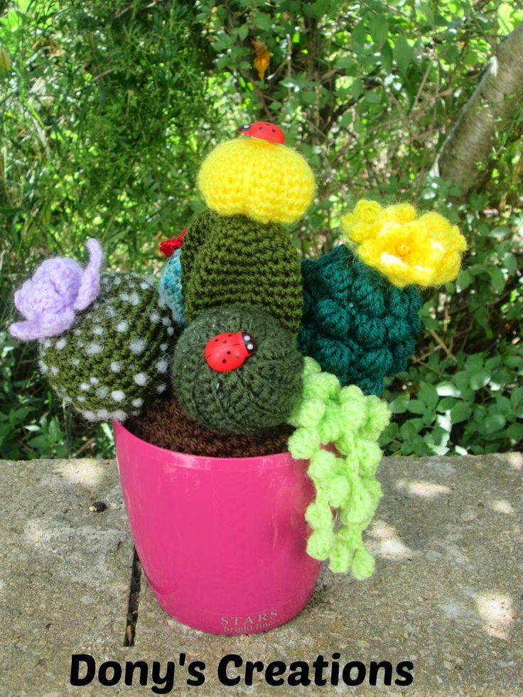 Crochet cactus _ pattern free italiano http://donyscreations.blogspot.it