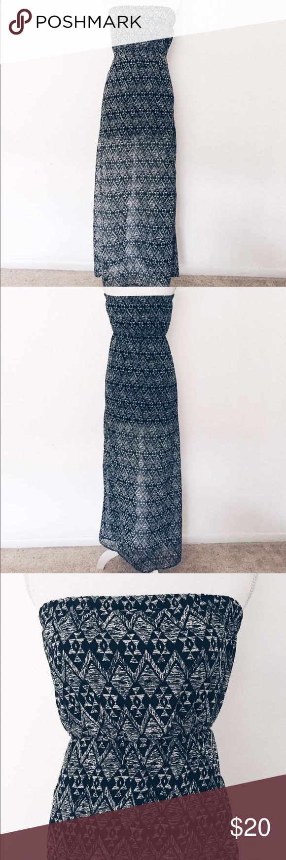 """Aztec Print Strapless Maxi Dress This light and breezy maxi dress is perfect for summer BBQs and parties! Has a slit in the left side and an inner lining. In great condition!  Length: 47""""  Made of 100% polyester   Brand is Divided by H&M  *No Trades* H&M Dresses Maxi"""