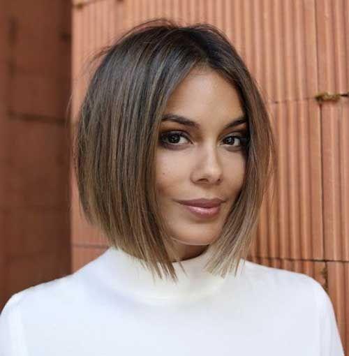 Short Thin Hairstyles to Easily be Feminine