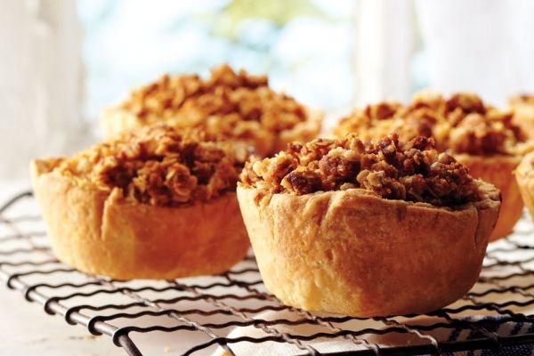 Apple Crisp Tartlets